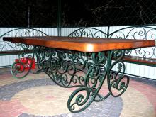 Ozdobny stół R-6