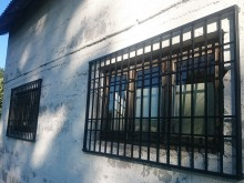 Metalowa krata na okno R-83